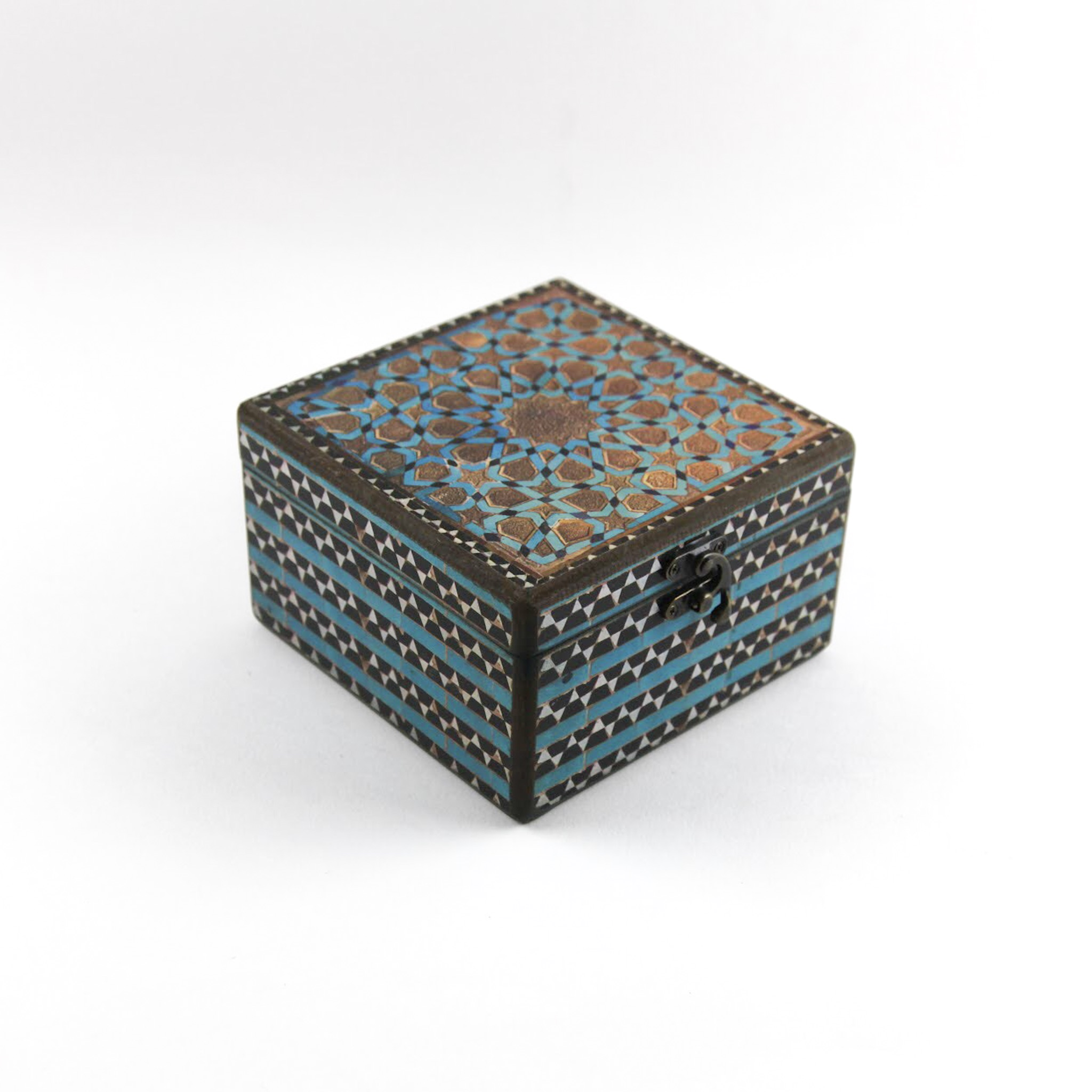 Wooden tea box with Iranian tile patterns code 10 ( available in 3 size)