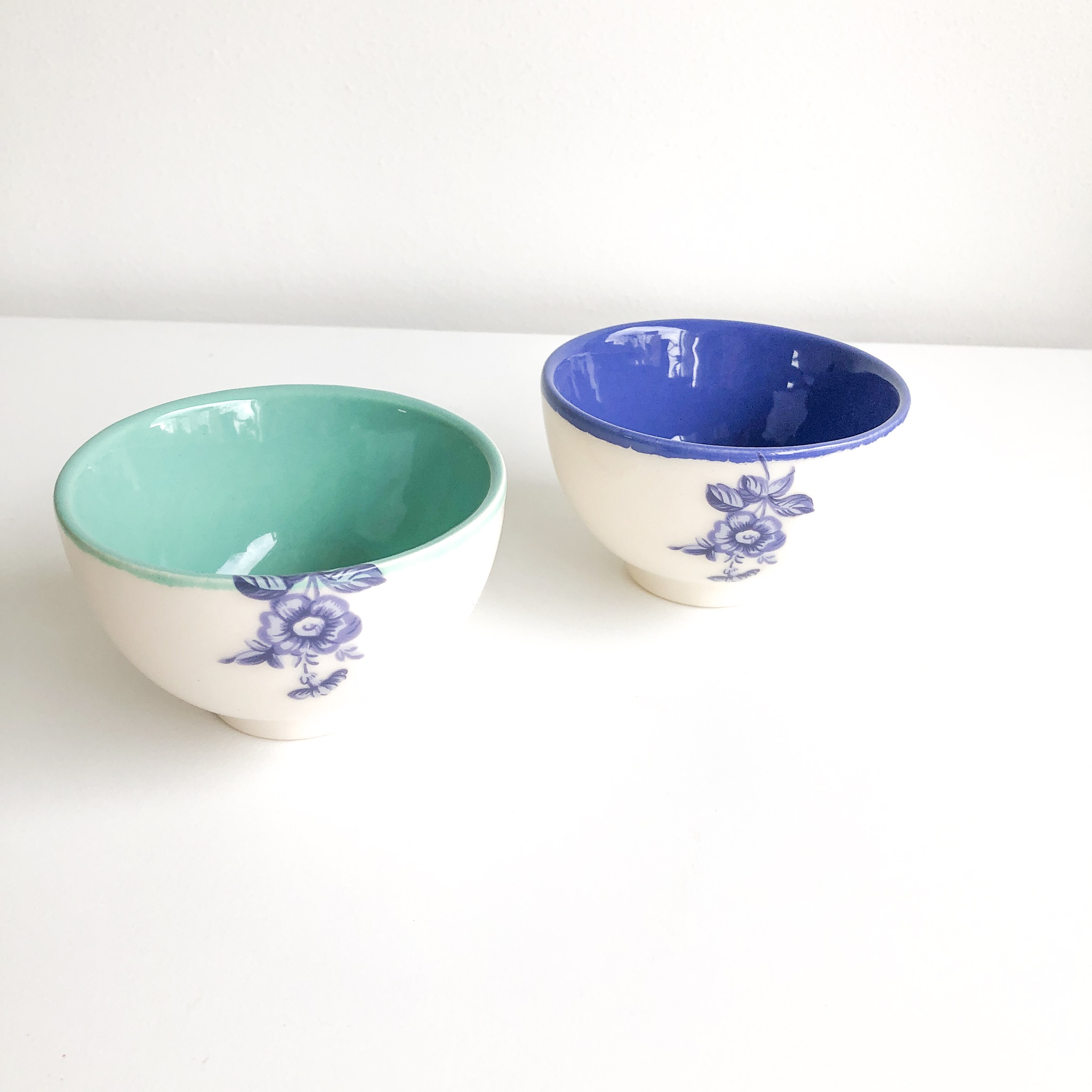 Miranaam handmade ceramic bowl with blue flower ( available in 2 colours)
