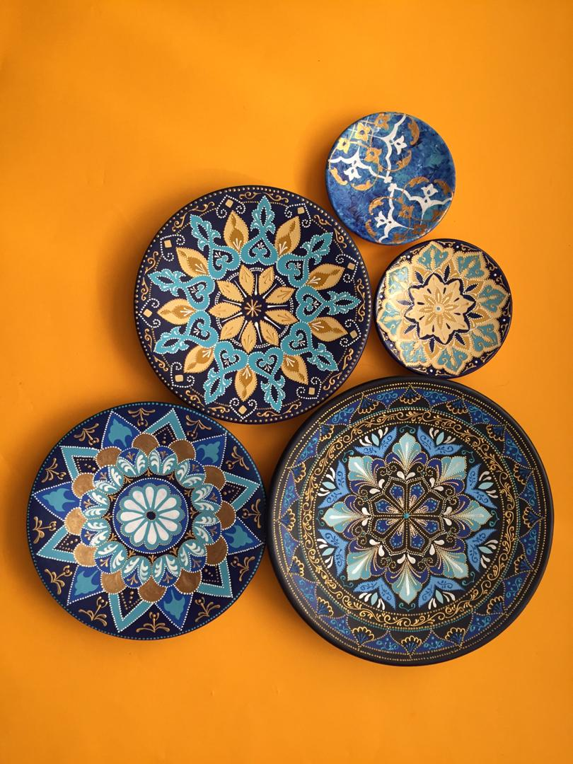 Wall decoration plates from 25 cm to 5 cm Blue and gold